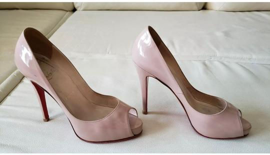 Christian Louboutin Nude Pumps Image 4