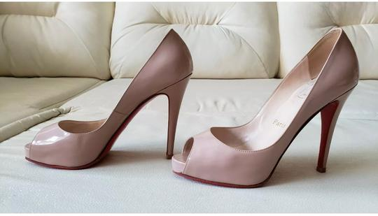 Christian Louboutin Nude Pumps Image 5
