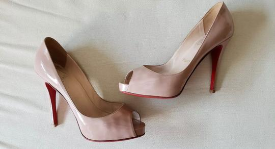 Christian Louboutin Nude Pumps Image 8