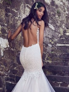Maggie Sottero Ivory Over Antique Ivory Lace and Tulle 8mc564 Adaleine Vintage Wedding Dress Size 8 (M)