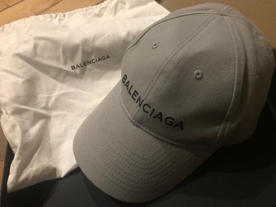 Balenciaga Logo Embroidered Baseball Hat Image 5