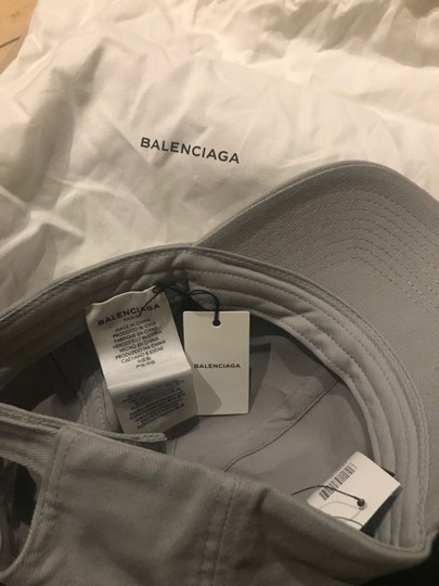 Balenciaga Logo Embroidered Baseball Hat Image 6