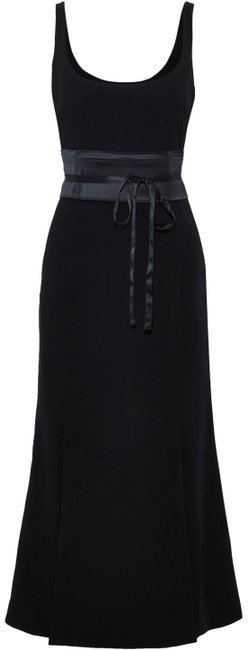 Preload https://img-static.tradesy.com/item/25653072/cinq-a-sept-black-yvonne-midi-satin-detail-crepe-mid-length-cocktail-dress-size-6-s-0-1-650-650.jpg