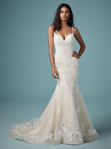 Maggie Sottero Ivory Over Blush Lace and Tulle Glorietta Modern Wedding Dress Size 10 (M)