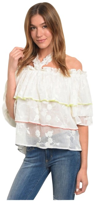 Item - Halter Embroidered Lace Halter Blouse Size 12 (L)