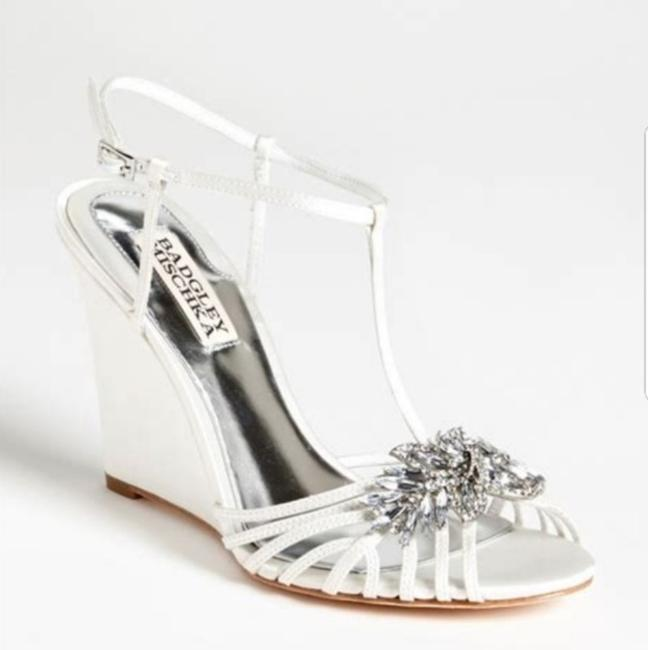 Item - White Naomi Wedges Size US 9.5 Regular (M, B)