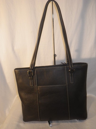 Dooney & Bourke And Pebble Leather Tote in Black Image 2