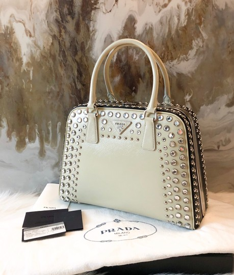 Prada Satchel in cream black Image 1