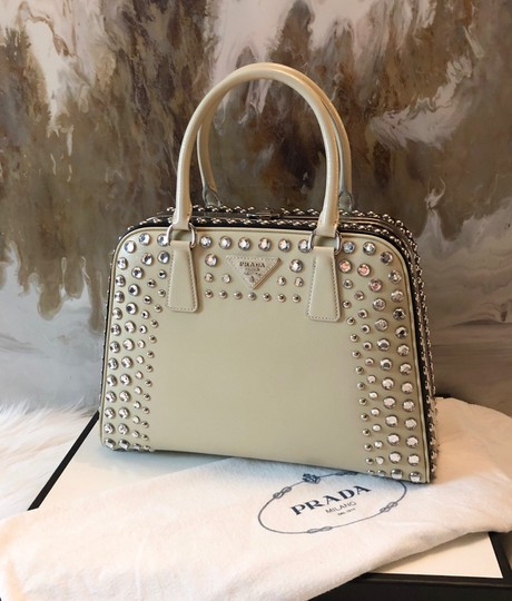 Prada Satchel in cream black Image 2