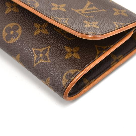 Louis Vuitton Brown Clutch Image 5