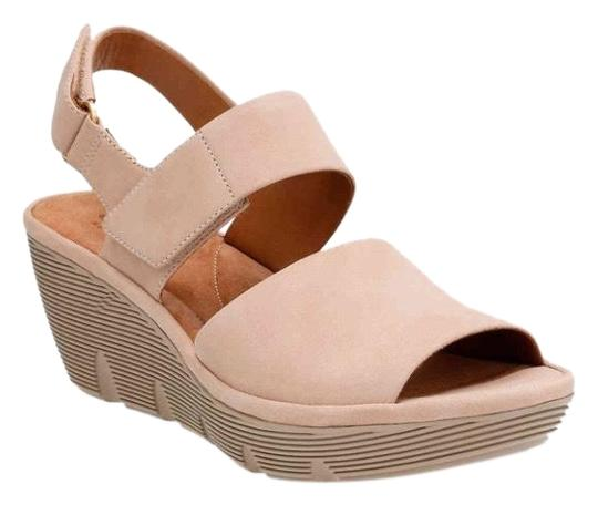 Preload https://img-static.tradesy.com/item/25654931/clarks-tan-clarene-allure-wedge-nude-sandals-size-us-9-regular-m-b-0-1-540-540.jpg