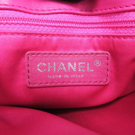 Chanel Quilted Lambskin Classic Flap Shoulder Bag Image 10