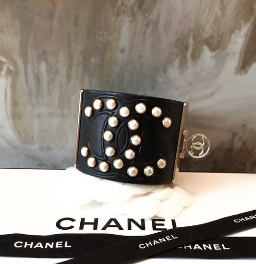 Chanel Rare Pearl Studded CC Black Leather Cuff Bracelet Image 7
