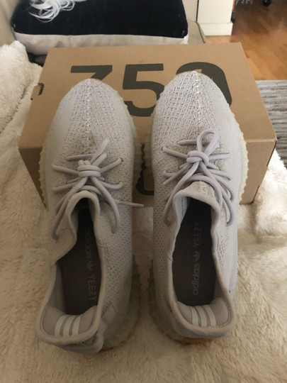 adidas X Yeezy Light Gray Athletic Image 2
