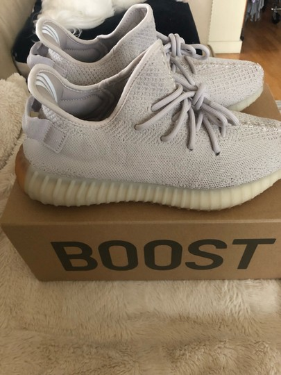 adidas X Yeezy Light Gray Athletic Image 3