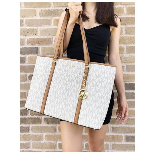 Michael Kors Womens Laptop Tote in Vanilla Image 6