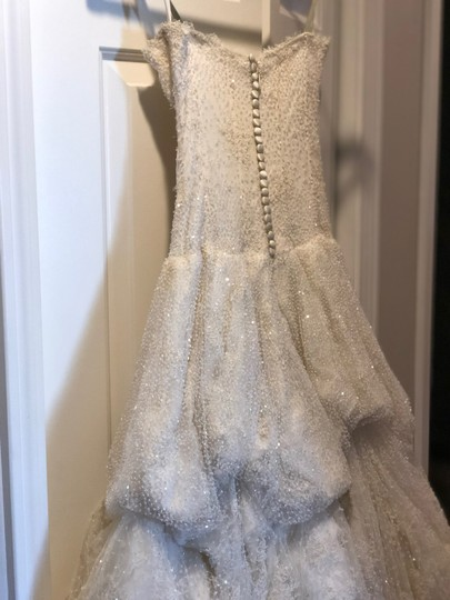 Monique Lhuillier Ivory Chantilly Silk Lace Runway Gown Formal Wedding Dress Size 4 (S) Image 6