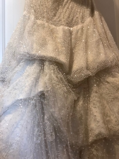Monique Lhuillier Ivory Chantilly Silk Lace Runway Gown Formal Wedding Dress Size 4 (S) Image 7
