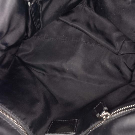 Burberry 9dbuto022 Vintage Canvas Leather Tote in Black Image 4