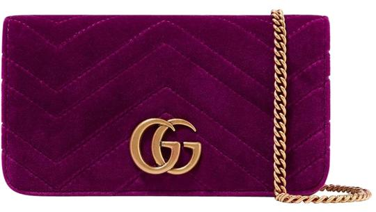 Preload https://img-static.tradesy.com/item/25657349/gucci-shoulder-marmont-gg-micro-quilted-textured-leather-fuchsia-velvet-and-leather-cross-body-bag-0-1-540-540.jpg