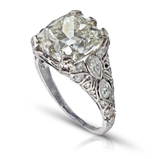 Preload https://img-static.tradesy.com/item/25657412/old-european-403ct-cushion-cut-platinum-and-carved-filigree-diamond-engagement-ring-0-0-540-540.jpg