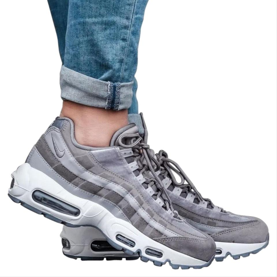 new product fe689 71e4d Nike Gray Women's Air Max 95 Lx Gunsmoke Synthetic Leather Mesh Suede  And/Or Leather Upper Provides A Fit. Sneakers Size US 7 Narrow (Aa, N) 29%  off ...