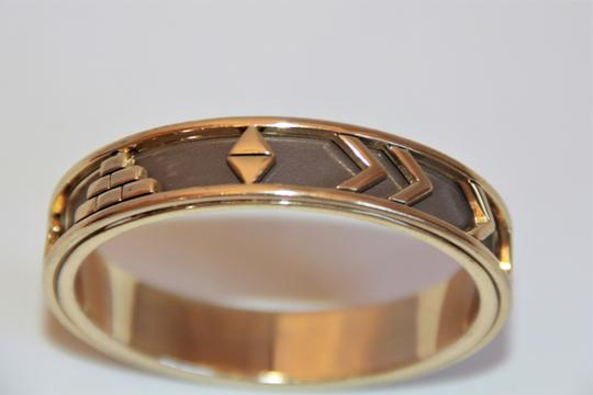 HOUSE HOUSE OF HARLOW 1960 Aztec Khaki Leather and 14kt Gold Plated Bangle Image 5
