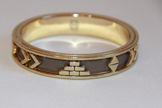 HOUSE HOUSE OF HARLOW 1960 Aztec Khaki Leather and 14kt Gold Plated Bangle Image 8