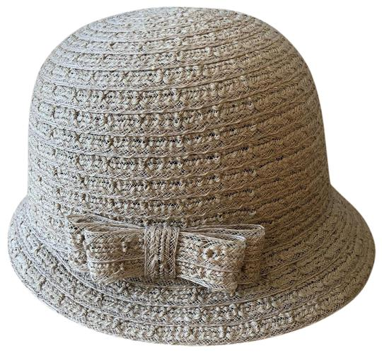 August Cloche style Image 0