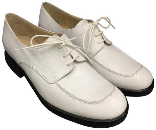 Preload https://img-static.tradesy.com/item/25658509/fratelli-rossetti-white-w-leather-lace-up-oxfords-w-black-rubber-soles-pumps-size-eu-39-approx-us-9-0-1-540-540.jpg