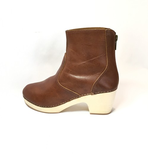 Preload https://img-static.tradesy.com/item/25658535/cognac-husbee-bootsbooties-size-us-6-regular-m-b-0-0-540-540.jpg
