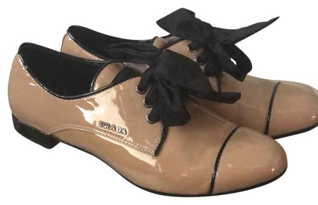 Item - Nude Patent Leather Tie Flats Size EU 37 (Approx. US 7) Regular (M, B)