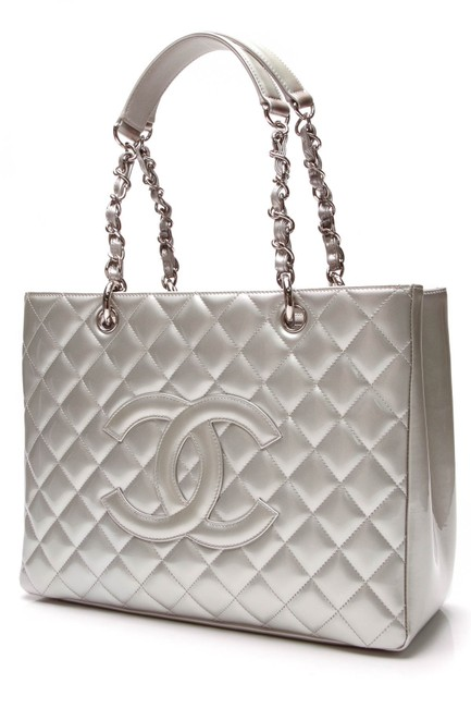 Item - Shopping Gst Grand Silver Patent Leather Tote