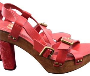 Gianni Bini Clogs Tooled Leather Hasbeens Madewell Red wood brown Platforms