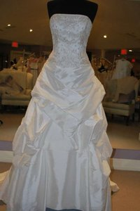 Casablanca Ivory Taffeta 1851 Formal Wedding Dress Size 6 (S)
