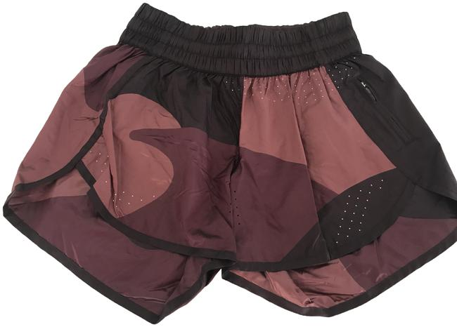 """Item - Multi/Maroon Patch Game 4"""" Activewear Bottoms Size 6 (S, 28)"""
