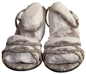 Ann Taylor White with black/gray faux snakeskin print Sandals