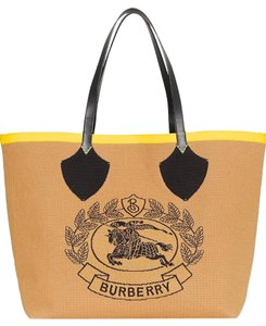 Burberry Beach Weekend Check Summer Tote in Natural