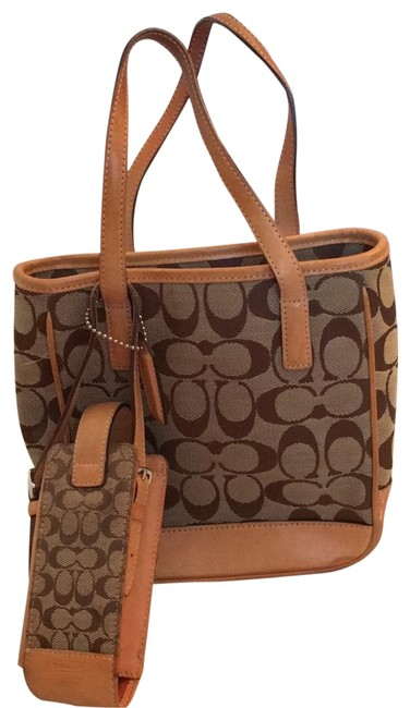 Item - Small with Matching Wallet and Vintage Phone Holder Tan Tote