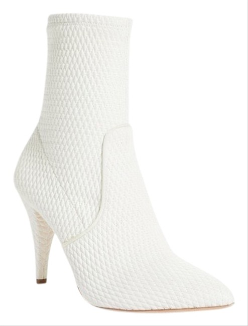 Item - White Hedde Boots/Booties Size US 6 Regular (M, B)