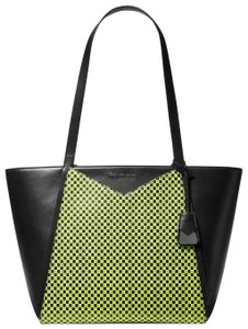 f06990083 Michael Kors Leather 31t9uwht3r Black/Neon Tote in Black/Neon Yellow
