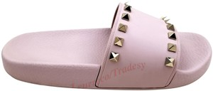 Valentino Pyramid Rockstuds Leather T-strap Water Rose Pink Sandals