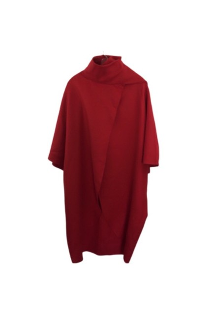 Item - Red Poncho/Cape Size 4 (S)