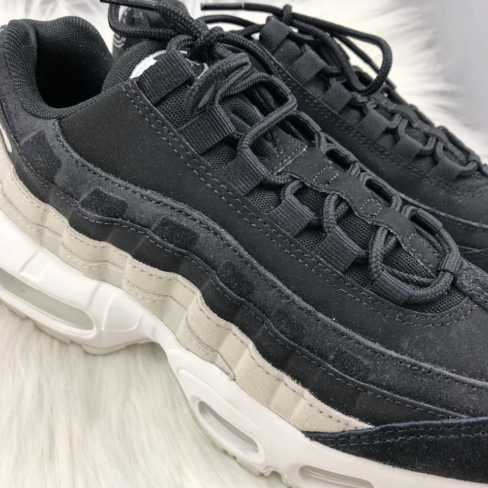 Nike Black Women's Air Max 95 Premium Design with Premium Materials For An Elevated Look. StyleColor: 807443 017 Sneakers Size US 7.5 Narrow (Aa, N)