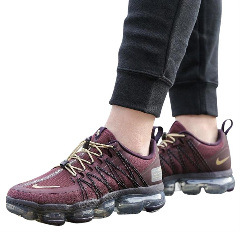 uk availability a0907 682a9 Nike Burgundy Women's Air Vapormax Run Utility Vapormax Sole Unit with 3m  Reflective Detailing Completes The Sneakers Size US 8.5 Narrow (Aa, N) 19%  ...