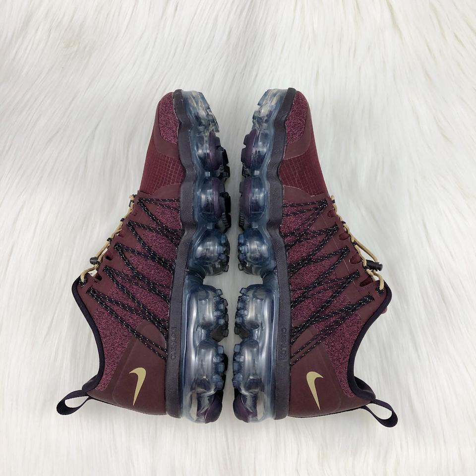 Nike Burgundy Women's Air Vapormax Run Utility Vapormax Sole Unit with 3m  Reflective Detailing Completes The Sneakers Size US 8 5 Narrow (Aa, N) 19%