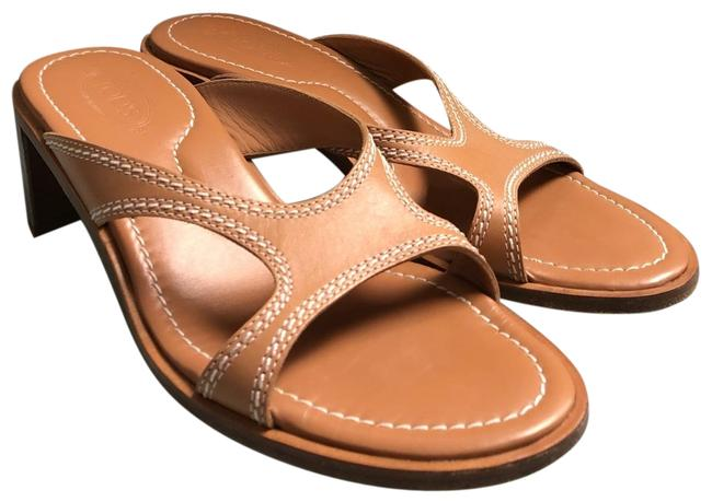 Tod's Sandals Up to 90% off at Tradesy