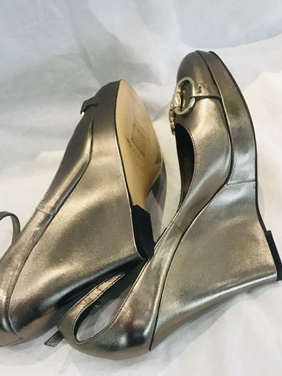 Gucci gold Wedges Image 8