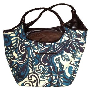 Amici Accessories Tote in Teal, brown and tan pattern