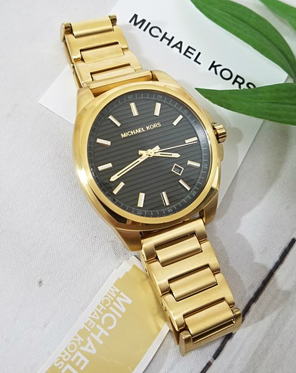 Michael Kors NWT Bryson Three-Hand Gold-Tone Stainless Steel Watch MK8658 Image 4